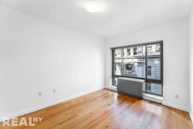 3 Bedrooms, Flatiron District Rental in NYC for $5,495 - Photo 2