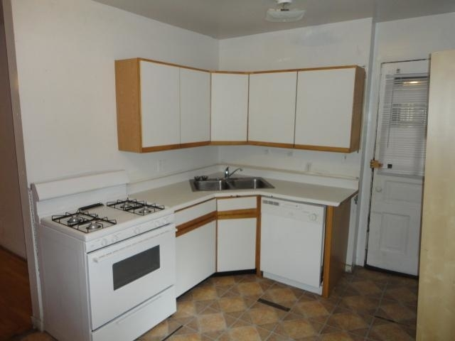 2 Bedrooms, Wrightwood Rental in Chicago, IL for $1,775 - Photo 1