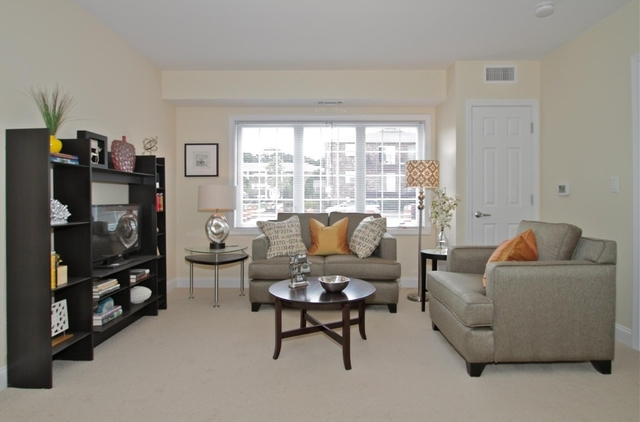 2 Bedrooms, Upper Washington - Spring Street Rental in Boston, MA for $2,100 - Photo 2