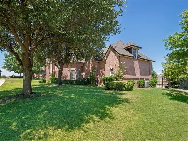 5 Bedrooms, Ross Downs Estates Rental in Dallas for $4,195 - Photo 2