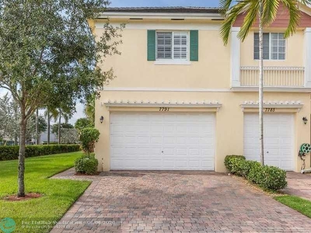 3 Bedrooms, Davie Rental in Miami, FL for $2,600 - Photo 2