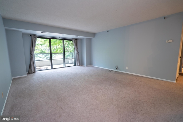 2 Bedrooms, Radnor - Fort Myer Heights Rental in Washington, DC for $2,500 - Photo 1