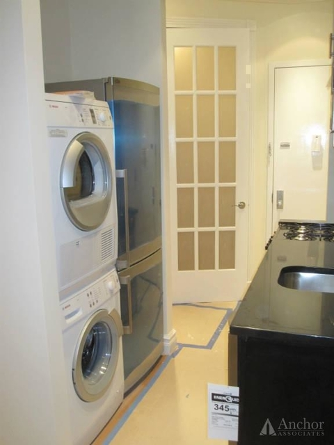 2 Bedrooms, Lower East Side Rental in NYC for $3,667 - Photo 2