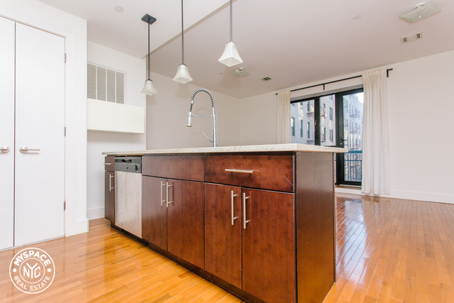 2 Bedrooms, East Williamsburg Rental in NYC for $4,350 - Photo 1