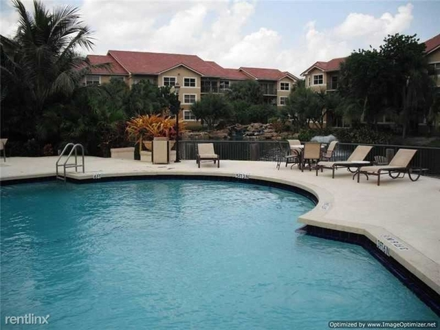 3 Bedrooms, Pine Ridge Rental in Miami, FL for $1,900 - Photo 2