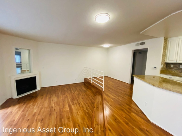 1 Bedroom, Sherman Oaks Rental in Los Angeles, CA for $2,095 - Photo 2