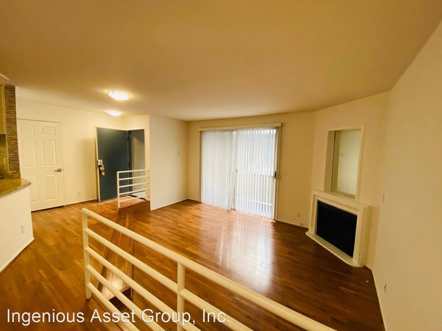 1 Bedroom, Sherman Oaks Rental in Los Angeles, CA for $2,095 - Photo 1