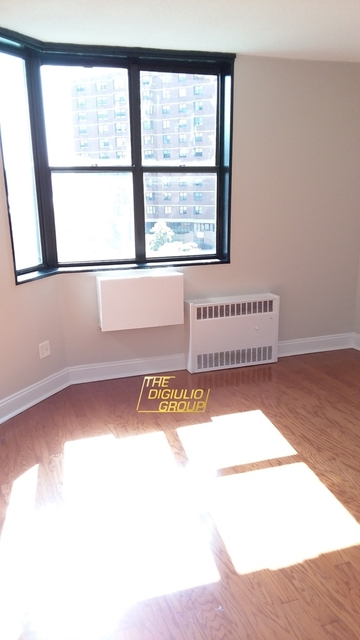 2 Bedrooms, Manhattanville Rental in NYC for $2,900 - Photo 2