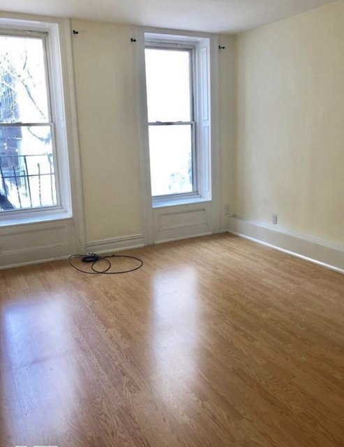 Studio, Yorkville Rental in NYC for $2,065 - Photo 2