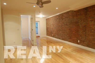 3 Bedrooms, West Village Rental in NYC for $5,811 - Photo 2