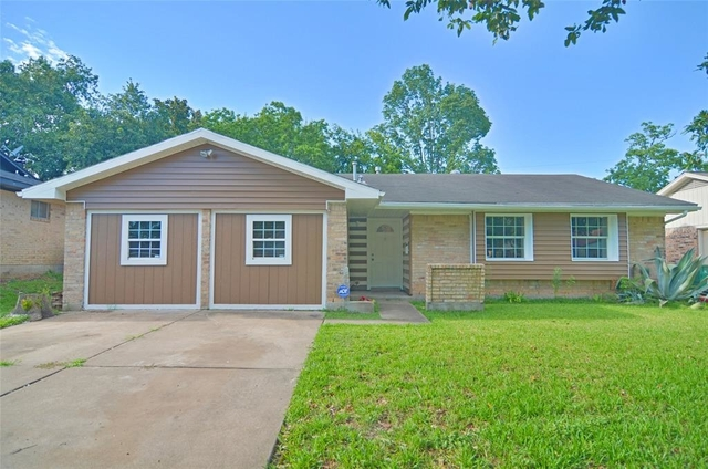 5 Bedrooms, Southeast Harris Rental in Houston for $1,600 - Photo 2