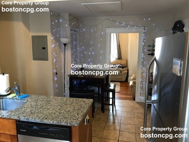 3 Bedrooms, Waterfront Rental in Boston, MA for $3,400 - Photo 2