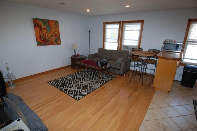 2 Bedrooms, Astoria Rental in NYC for $2,400 - Photo 2