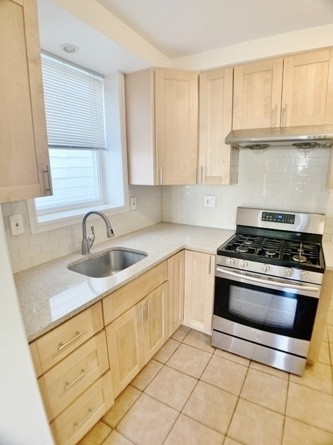 2 Bedrooms, Astoria Rental in NYC for $2,375 - Photo 1