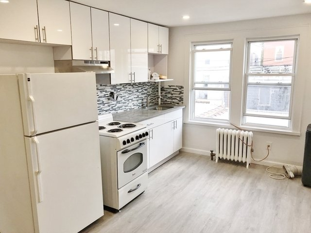 1 Bedroom, Steinway Rental in NYC for $1,900 - Photo 1