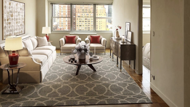 1 Bedroom, Yorkville Rental in NYC for $2,929 - Photo 2