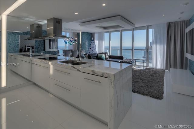3 Bedrooms, Miami Financial District Rental in Miami, FL for $5,800 - Photo 1
