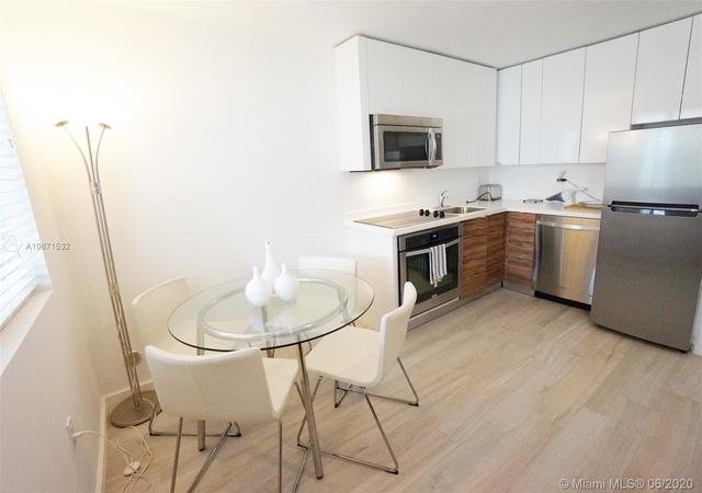 2 Bedrooms, Espanola Villas Rental in Miami, FL for $1,800 - Photo 1