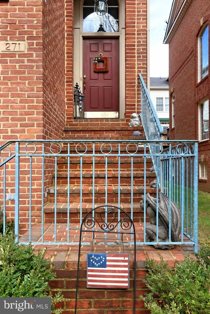 3 Bedrooms, Cameron Station Rental in Washington, DC for $3,995 - Photo 2