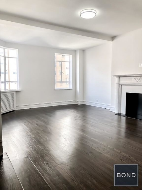 2 Bedrooms, Greenwich Village Rental in NYC for $9,300 - Photo 1