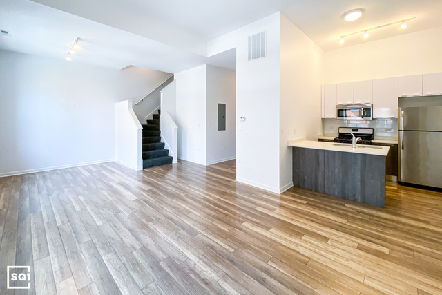 3 Bedrooms, Logan Square Rental in Chicago, IL for $2,700 - Photo 1