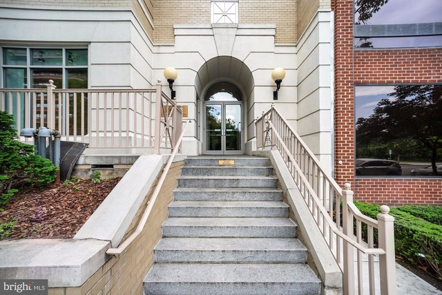 2 Bedrooms, West End Rental in Washington, DC for $4,500 - Photo 1