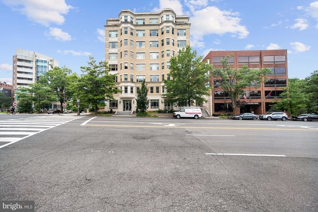 2 Bedrooms, West End Rental in Washington, DC for $4,500 - Photo 2