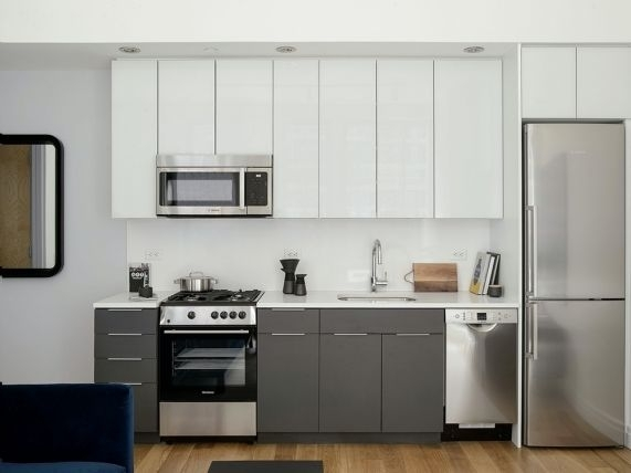 1 Bedroom, Williamsburg Rental in NYC for $3,770 - Photo 2
