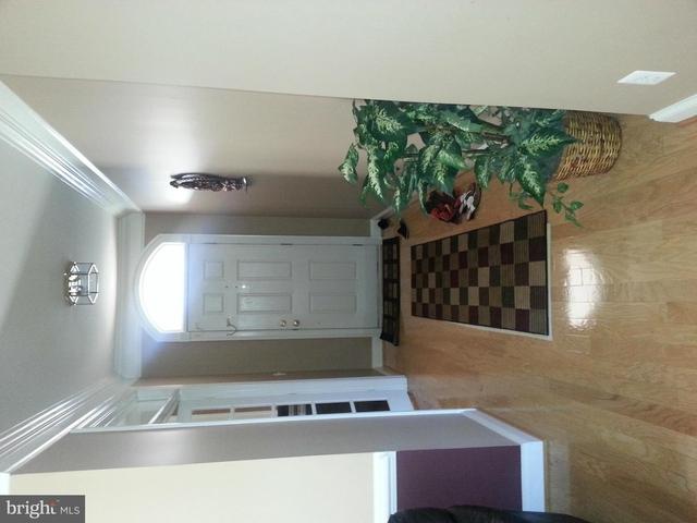 3 Bedrooms, Ashburn Village Rental in Washington, DC for $2,950 - Photo 2