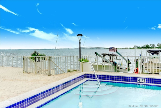 2 Bedrooms, Millionaire's Row Rental in Miami, FL for $1,949 - Photo 1