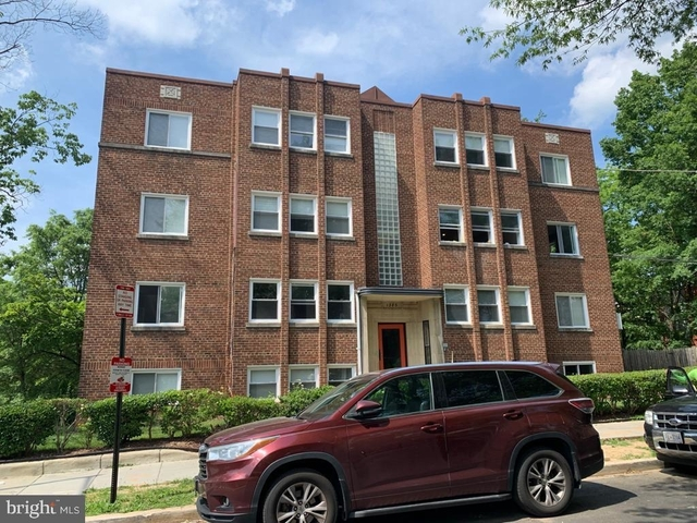 2 Bedrooms, Brightwood Park Rental in Washington, DC for $1,950 - Photo 2