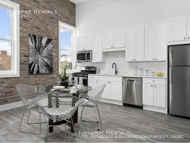 2 Bedrooms, Bucktown Rental in Chicago, IL for $2,623 - Photo 2