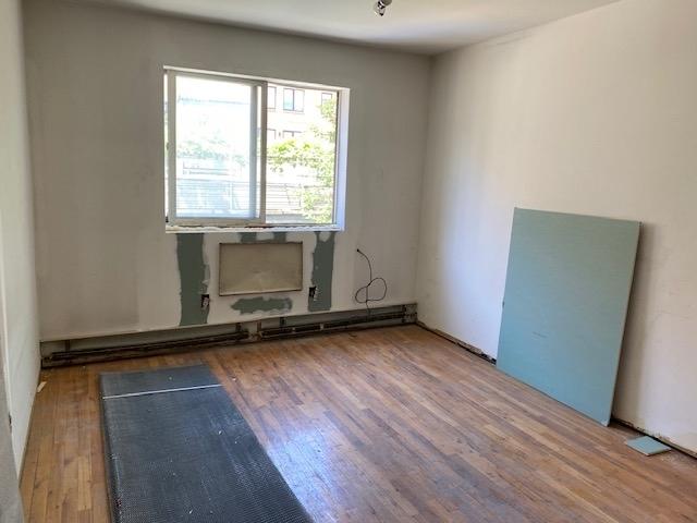 3 Bedrooms, Astoria Rental in NYC for $4,500 - Photo 2