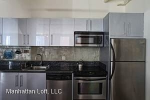 1 Bedroom, Historic Downtown Rental in Los Angeles, CA for $1,590 - Photo 2