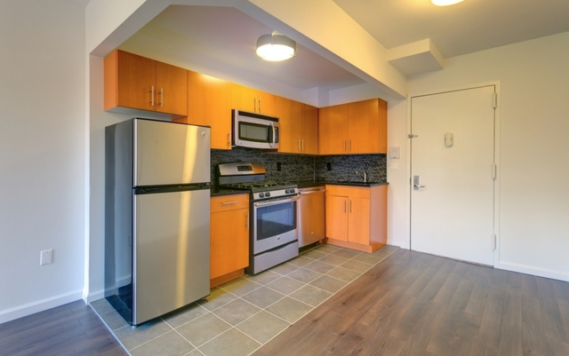 2 Bedrooms, Alphabet City Rental in NYC for $3,945 - Photo 2