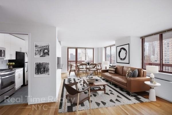 Studio, Theater District Rental in NYC for $2,875 - Photo 2