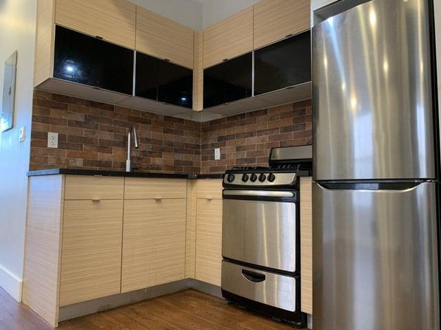 4 Bedrooms, Ridgewood Rental in NYC for $3,500 - Photo 1