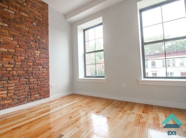 4 Bedrooms, Crown Heights Rental in NYC for $4,000 - Photo 2