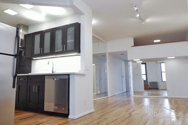 2 Bedrooms, South Slope Rental in NYC for $2,930 - Photo 2