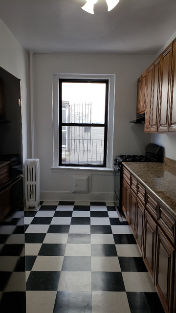 1 Bedroom, Gravesend Rental in NYC for $1,550 - Photo 2