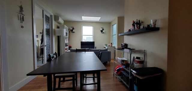 3 Bedrooms, East Williamsburg Rental in NYC for $3,250 - Photo 2