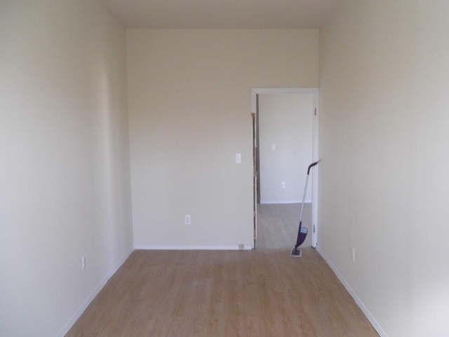2 Bedrooms, St. Albans Rental in Long Island, NY for $1,595 - Photo 1