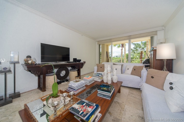 3 Bedrooms, Tropical Isle Homes East Rental in Miami, FL for $6,900 - Photo 1