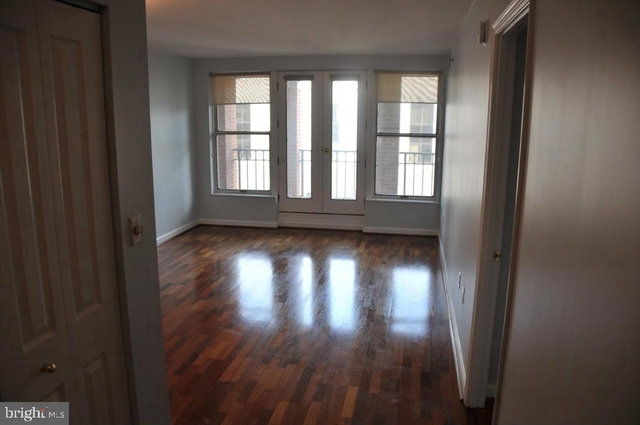 1 Bedroom, Penn Quarter Rental in Washington, DC for $2,400 - Photo 2