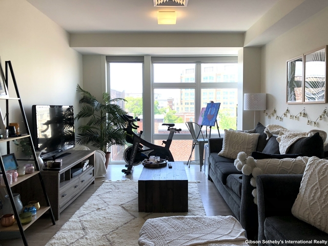1 Bedroom, Kenmore Rental in Boston, MA for $3,150 - Photo 1