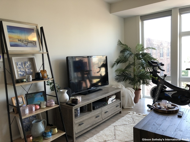 1 Bedroom, Kenmore Rental in Boston, MA for $3,150 - Photo 2