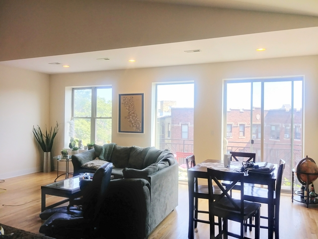 3 Bedrooms, Logan Square Rental in Chicago, IL for $2,577 - Photo 1