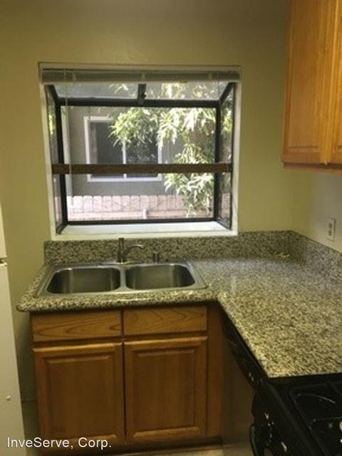2 Bedrooms, Marceline Rental in Los Angeles, CA for $2,250 - Photo 2