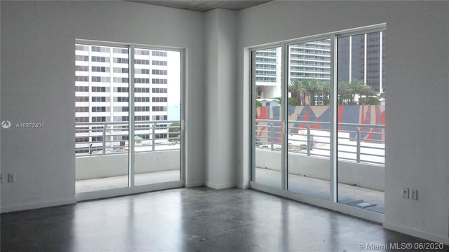2 Bedrooms, Downtown Miami Rental in Miami, FL for $1,900 - Photo 2