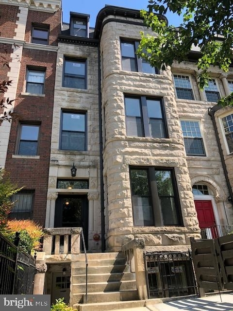 2 Bedrooms, Columbia Heights Rental in Washington, DC for $2,850 - Photo 1
